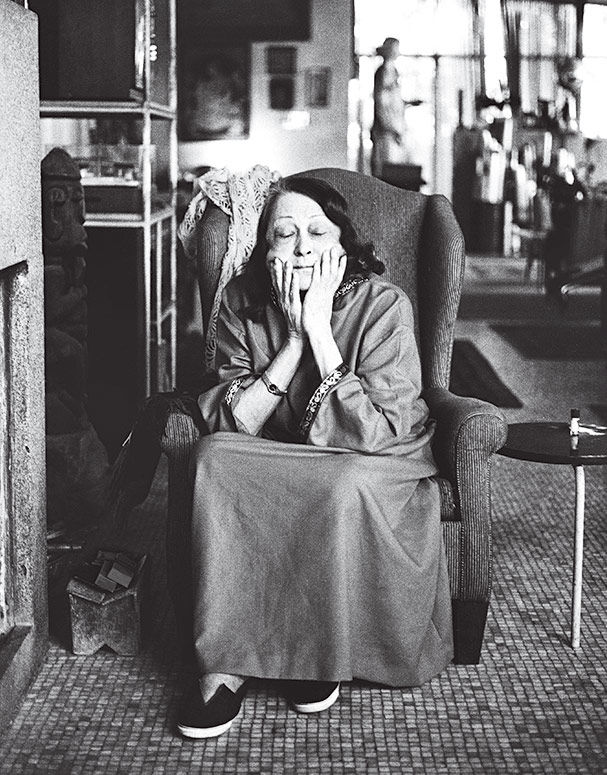 Brazilian architect Lina Bo Bardi as written by Lima Zeuler includes portrait of her at home