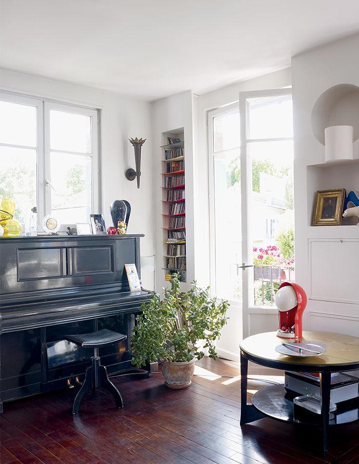 Living room in Nicolas Roche's Paris apartment