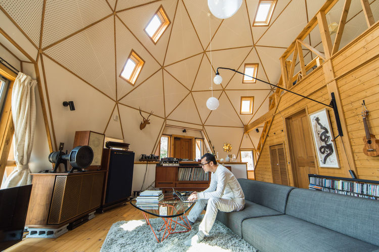 Dome house with a tall ceiling