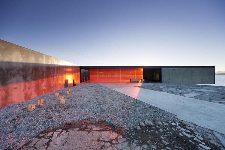 modern architecture design glenorchy sculpture park pavilion glass footpath