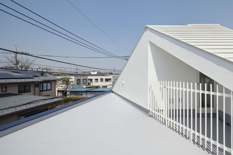 Half & Half House Roof, Tokyo