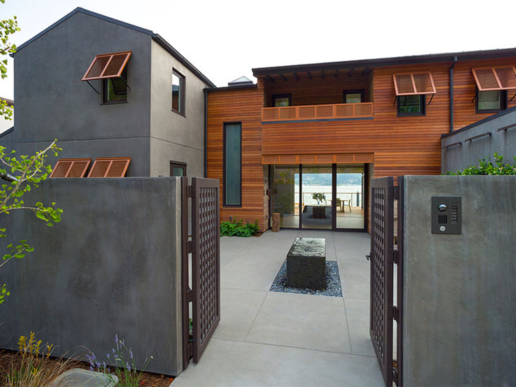 Courtyard at a waterfront house in California