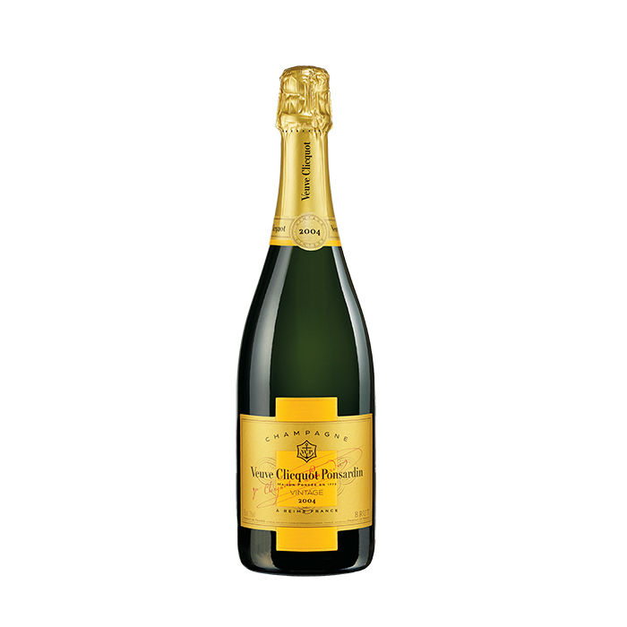 q&A with Modern design leaders like Byron Peart of Want Les Essentiels de la Vie who recommends Veuve Clicquot 2004 vintage Brut as a host gift