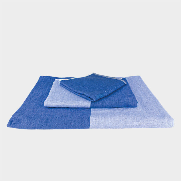 Q&A with Modern design leaders like Rob Fissmer of Vitsoe who recommends organic cotton bath towels by Kontex