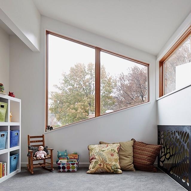 Modern window in kids room, Hufft Projects
