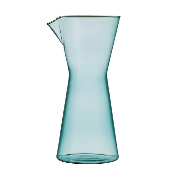 Dyed glass carafe with refined shape