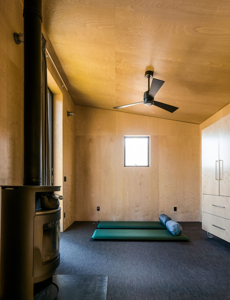 Sleeping bags take the place of beds at this off-the-grid retreat.