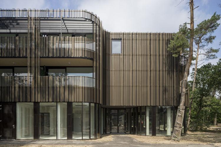 Aluminum facade manufactured by Remota.