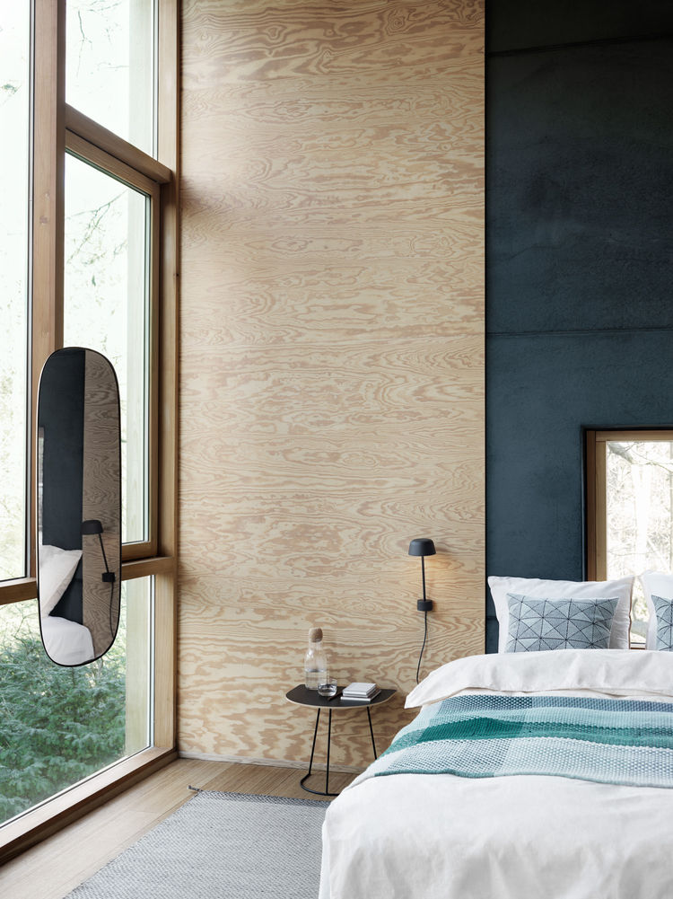 Lean wall lamp by Claesson Koivisto Rune for Muuto