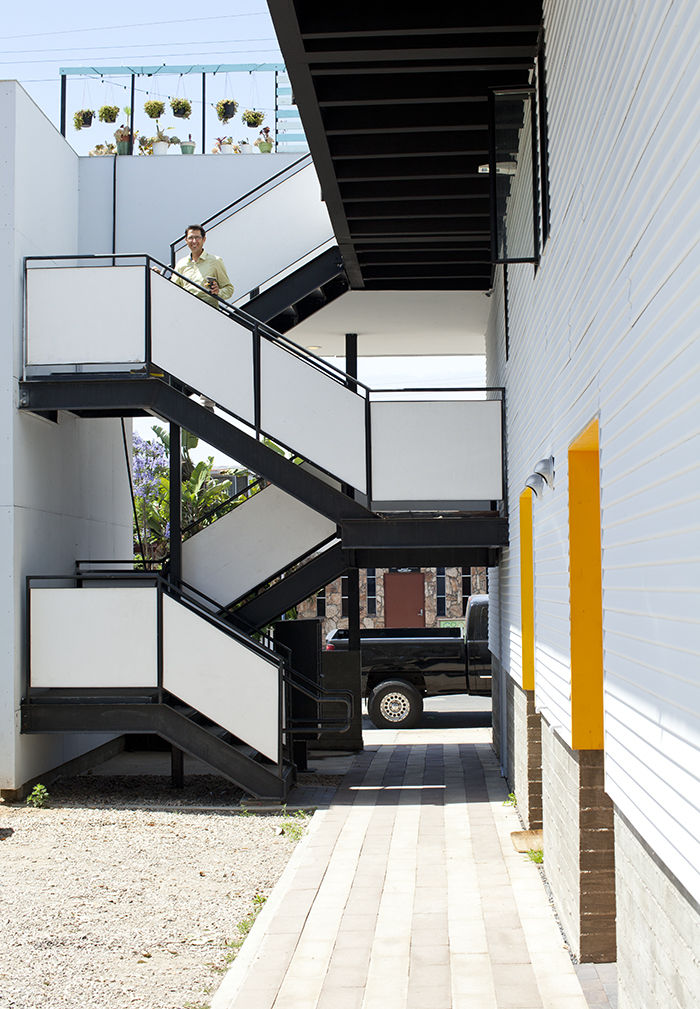 Modern micro-livin unit with outdoor staircase