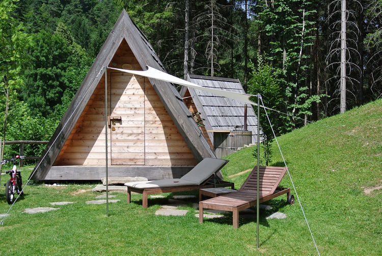 Prefab camping unit from Lushna.