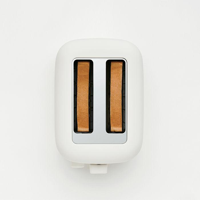 Muji toaster by Naoto Fukasawa