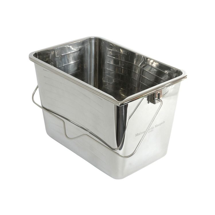Oversized bucket made from mirror stainless steel