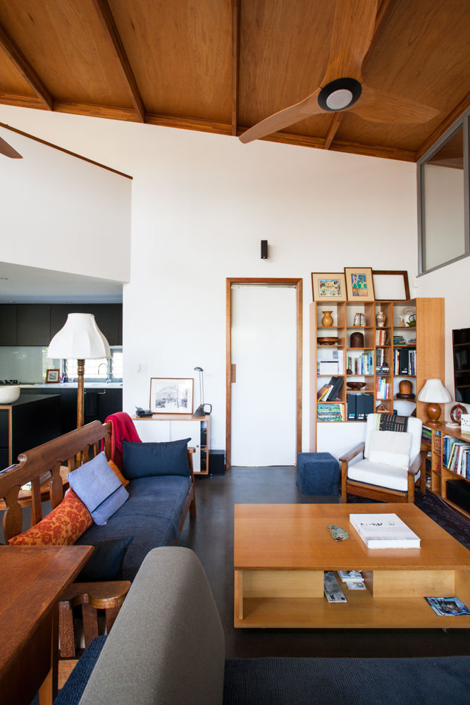 An open living room designed for aging in place by Mountford Architects in Western Australia