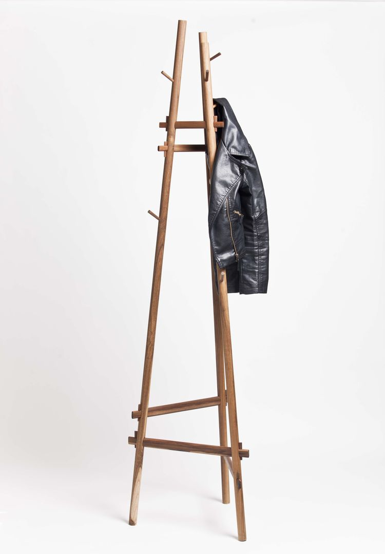 Coatrack of tropical woods from Argentine company Net