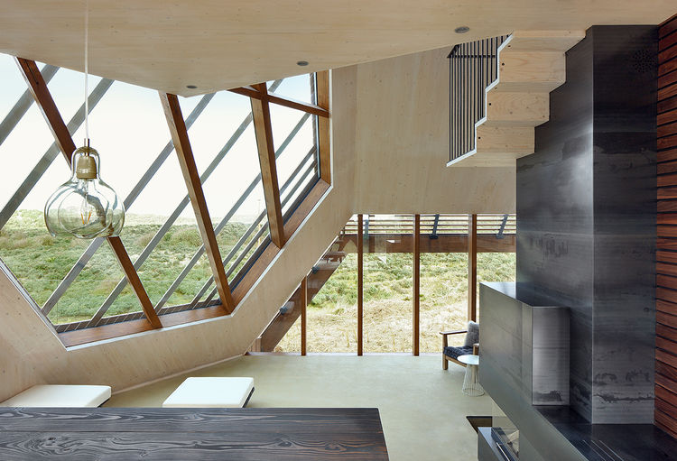 Geometric window and interior of the Netherlands dune house