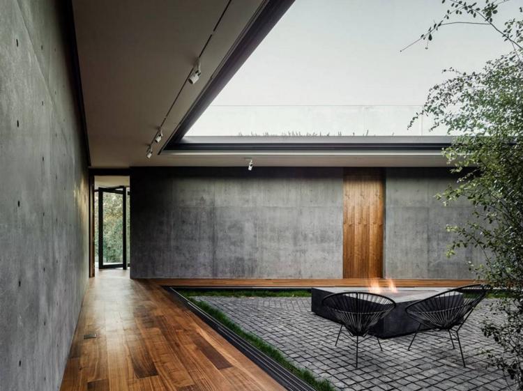Oak Pass House by Noah Walker