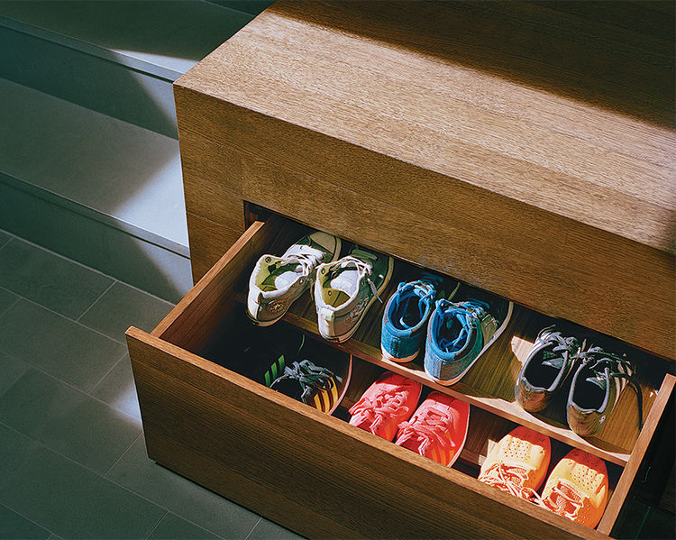 Drawers for shoes storage in a San Francisco home