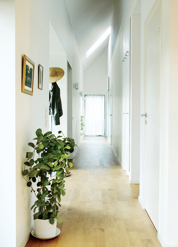 Swedish Prefab Home, Second Floor Hallway