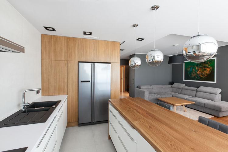 Open/Private apartment kitchen