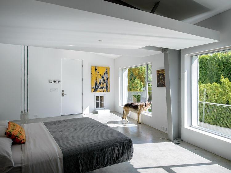 Desert Canopy House master bedroom Droog lamp
