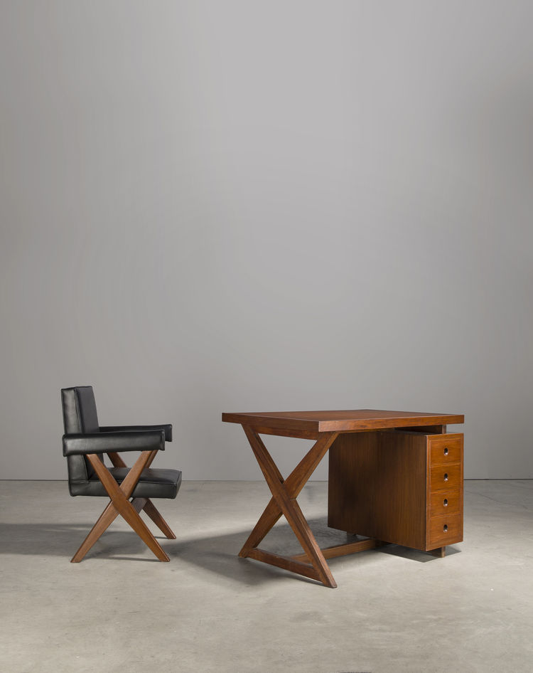 Office chair and desk from Chandigarh