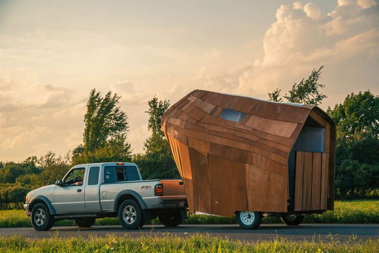 +Farm's 2015 summer mobile home's wooden exterior