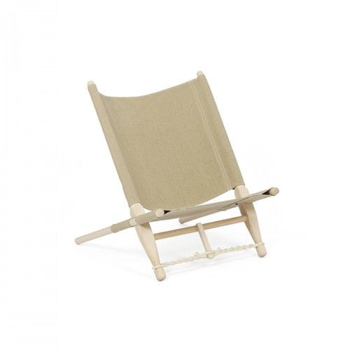 Portable and easy-to-assemble lounge chair