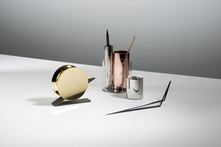 Metallic desk accessories by Beyon Object