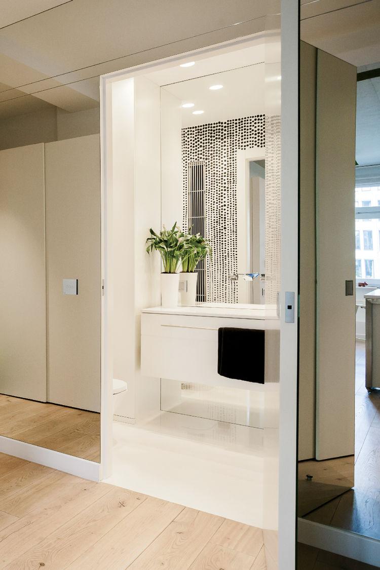 Warsaw apartment bathroom hallway mirrors