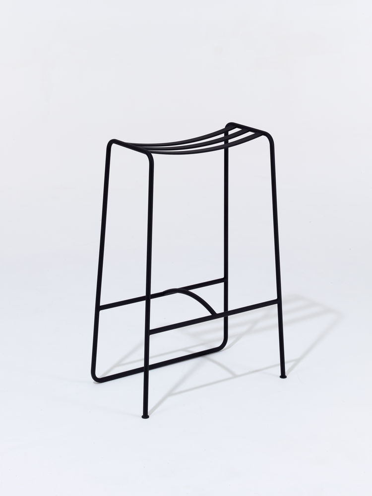 Tubular barstool with curved seat