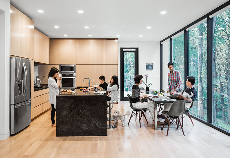 McLean, Virginia, Bridge House Eat-In Kitchen