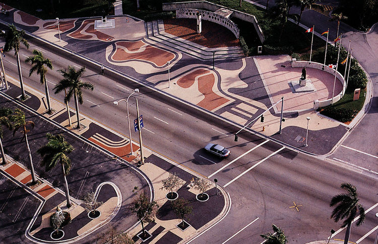 Biscayne Boulevard, Miami, designed by Roberto Burle Marx