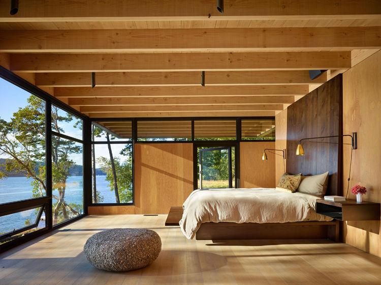 Pole Pass waterfront house on San Juan Island designed by Tom Kundig