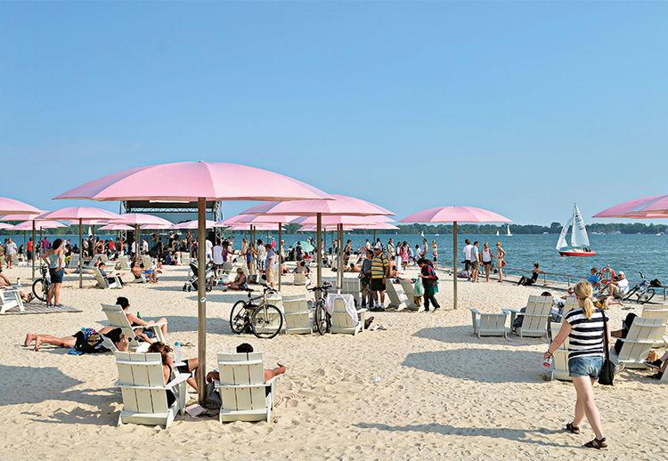 Claude Cormier's Sugar Beach in Toronto, Canada