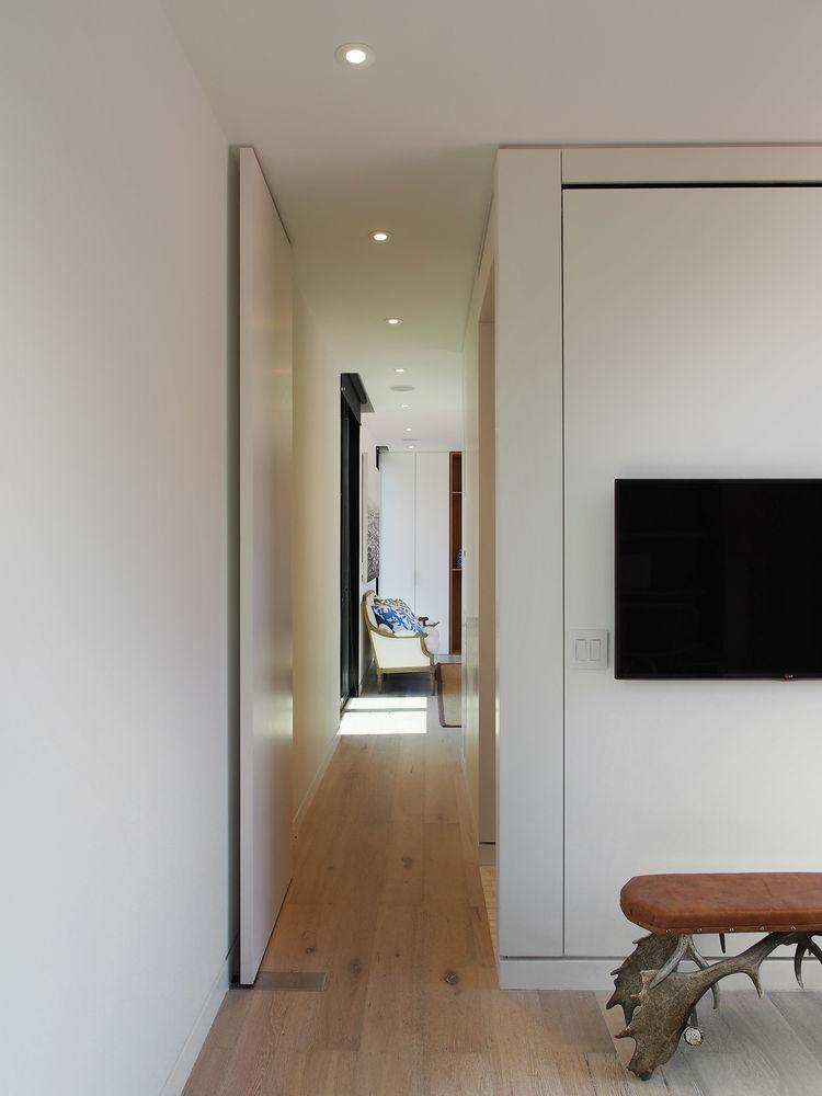 Cocoon9 Prefab Cabin Hallway
