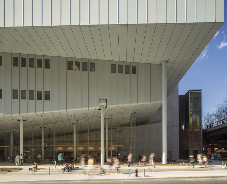 Whitney Museum of American Art designed by Renzo Piano