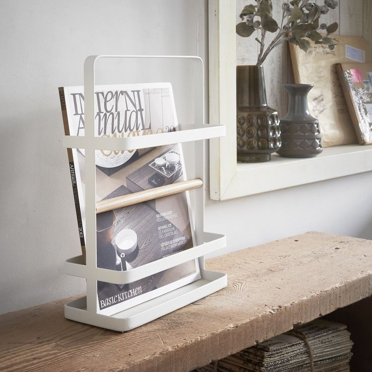 Powder-coated magazine display holder