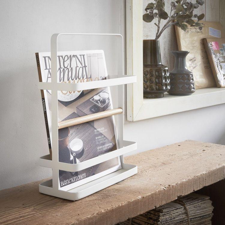 Powder-coated magazine display holder