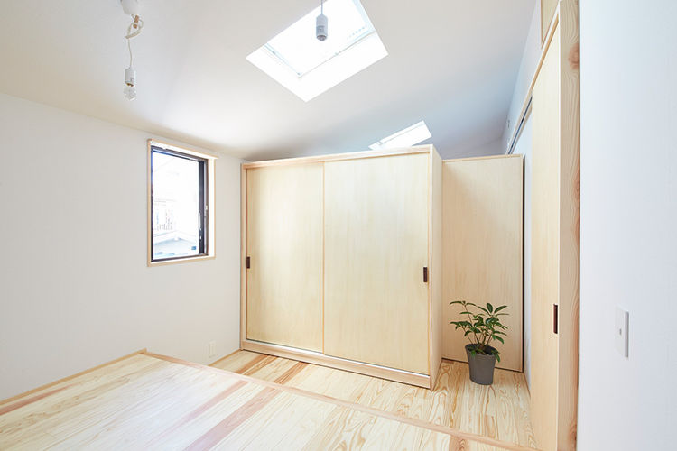 Movable partitions in Japanese home.