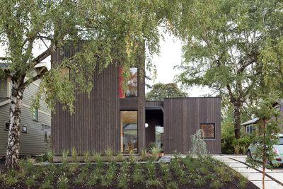 Skidmore Passivhaus yard
