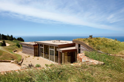 modern oceanfront house in big sur with green roof
