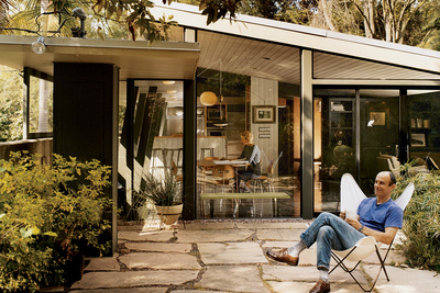 mid century modern house by architect A. Quincy Jones
