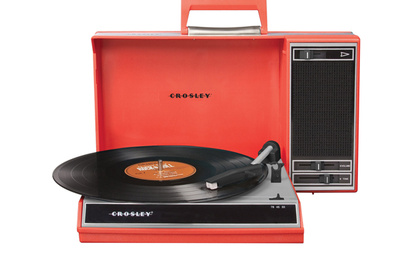 Red Spinnerette turntable by Crosley