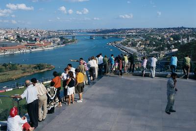 istanbul turkey pierre loti cafe balcony