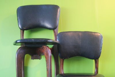 sf 20 shoemaker chairs two