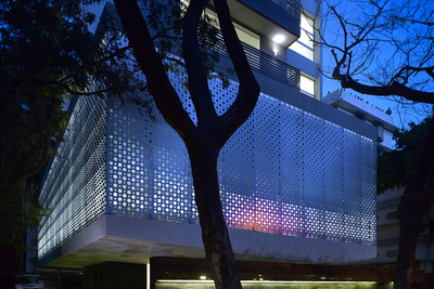 mumbai apartment exterior aluminum cladding