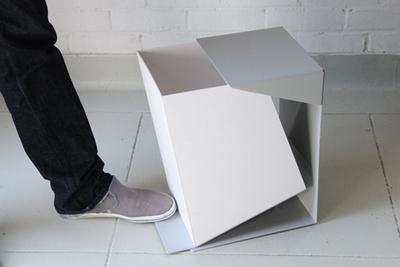 minimalist waste bin