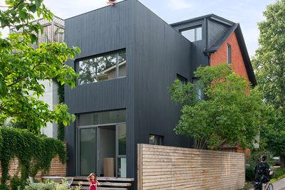 Toronto Contrast House Exterior