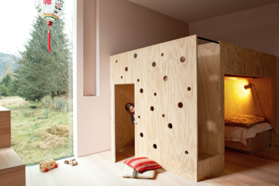 Bunk bed and playhouse in Casa Familia by Bergendy Cooke, New Zealand